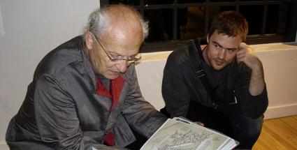 Jean Giraud hovoří s fanouškem Tomášem Kučerovským